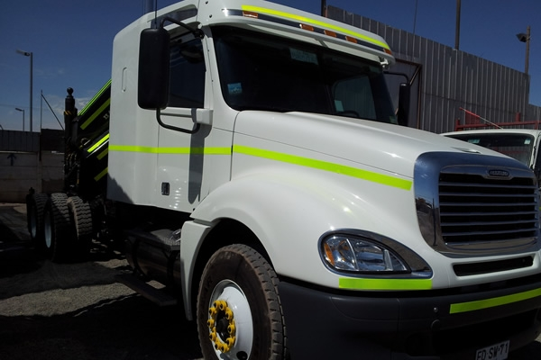 CAMION FREIGHTLINER	CL 120 445 HP COLUMBIA	2013